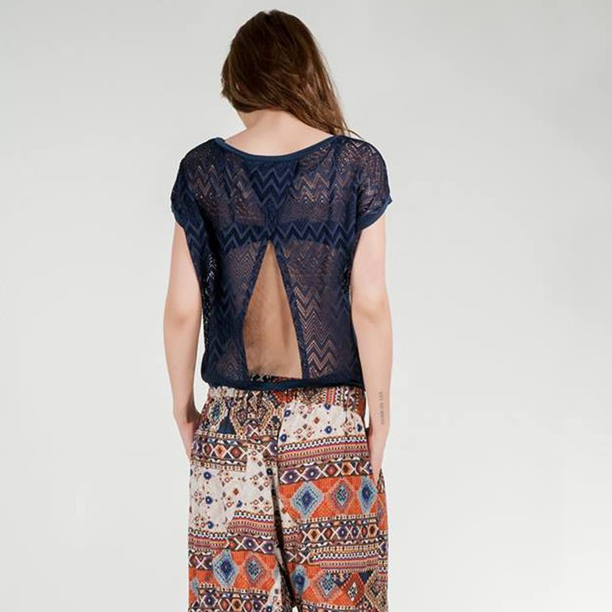 9c530c28f28f Μπλούζα δαντέλα ανοιχτή πλάτη - Dressme