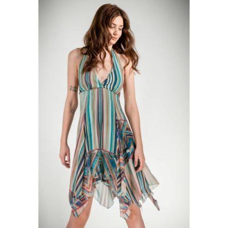 Φόρεμα κοντό με ανοιχτή πλάτη