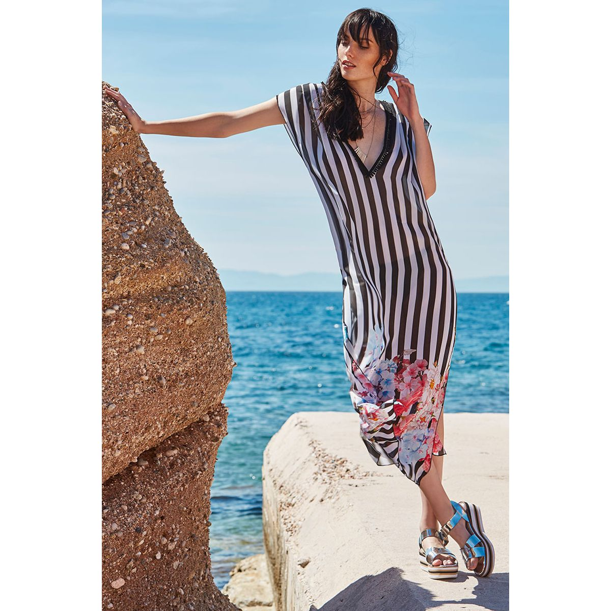 37a544e3f4a1 Φόρεμα ριγέ διαφάνεια για παραλία - Dressme
